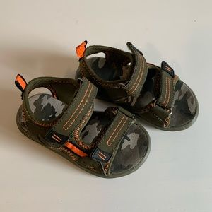 Other - Toddler Velcro Sandal | size 5